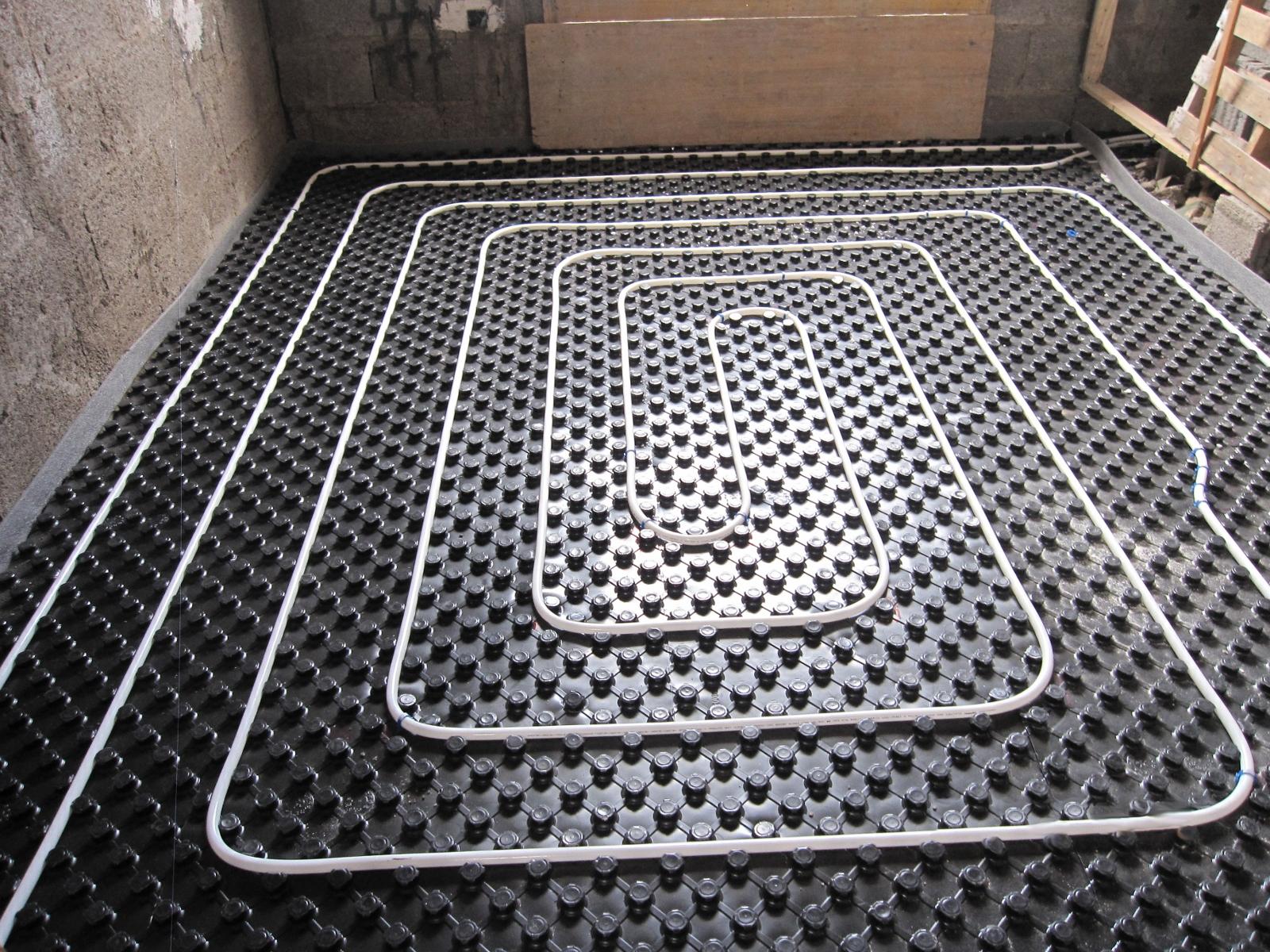 Calefacci n por suelo radiante gastensolar - Calefaccion por suelo radiante precio ...